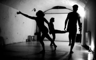performing reality di Larissa Cleopatra Petre cpda Avis